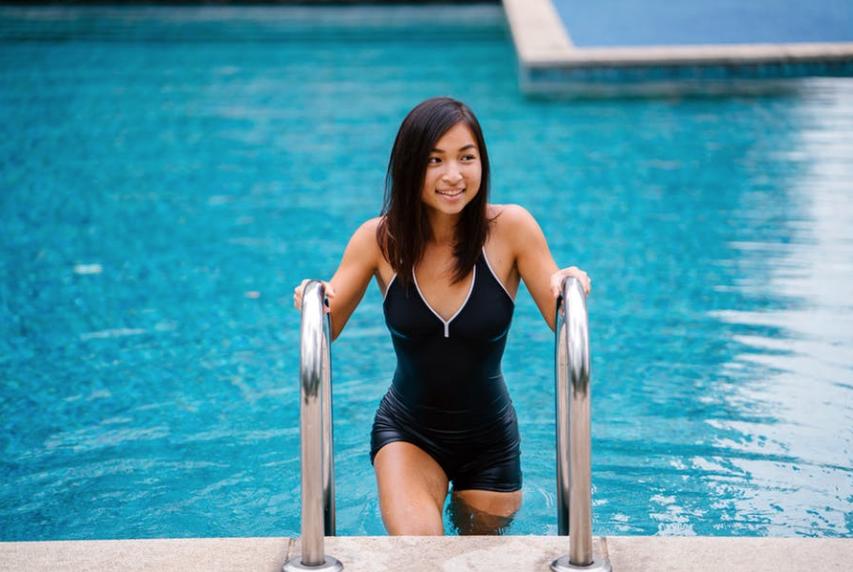 Find den rigtige badedragt til dig og din kropstype
